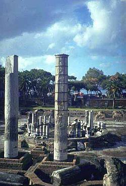 serapis tempel neapel